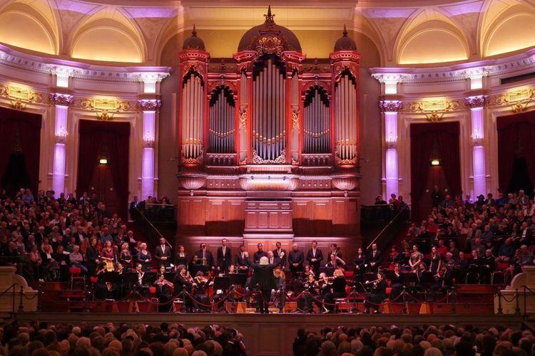 Matth�us Passion in Het Concertgebouw Amsterdam (2 p.)