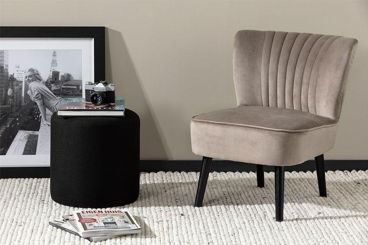 Cr�mekleurige stoel van Lifa Living (model: Sofia)