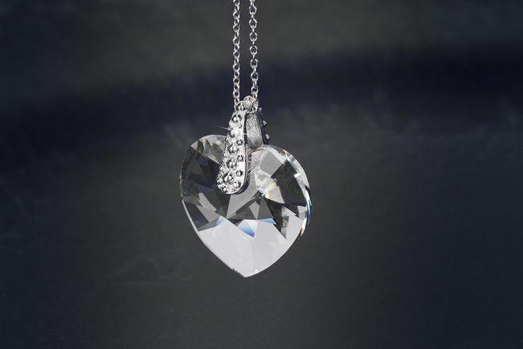 Zilverkleurige ketting met Swarovski-hanger van Di Lusso