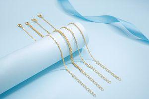 4 bracelets de cheville de Di Lusso