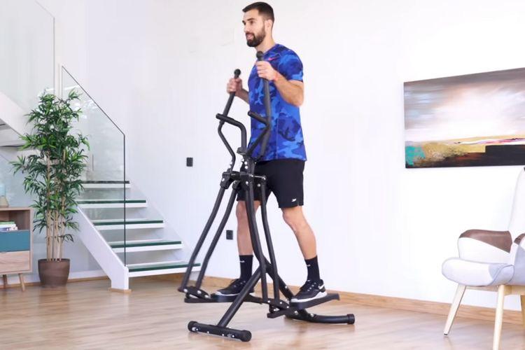 Korting Multifunctionele crosstrainer voor cardio en kracht