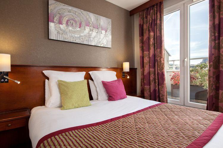 Classics hotel parc des expositions paris passez trois - Hotel avec piscine pres de paris ...