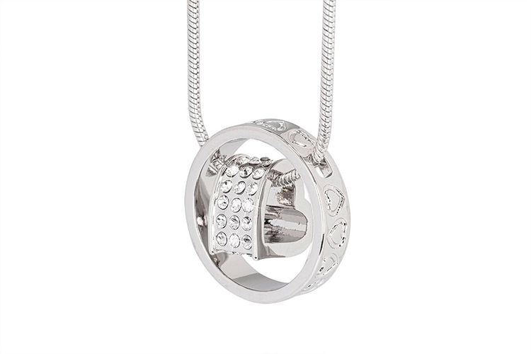 Zilverkleurige ketting met hart van Di Lusso