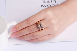 Multimaat ring met zirkonia-steentjes