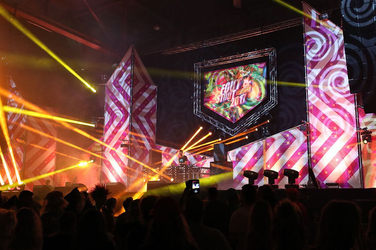 Fout & Stout: d� Party in Zwolle met Ch!pz & Paul Elstak