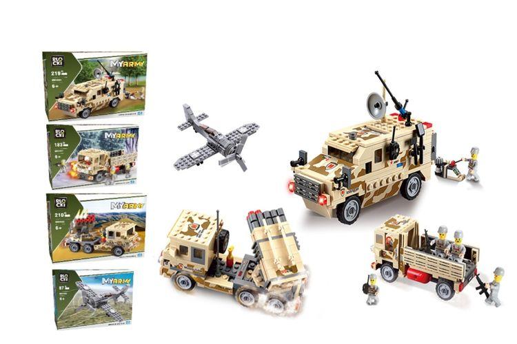 4 legervoertuigen van Blocki-bouwstenen
