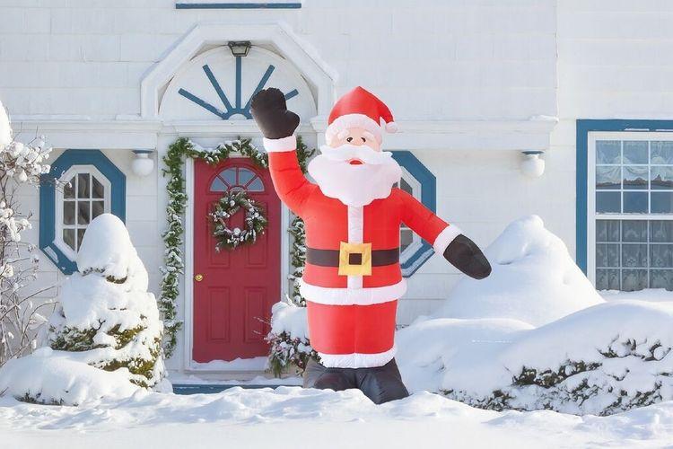 Grote, lichtgevende, opblaasbare kerstman (240 cm)