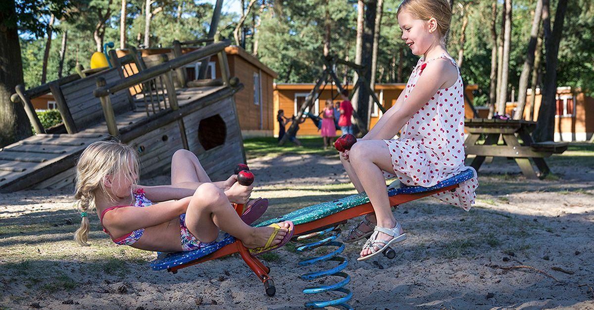 Semaine de camping dans un parc Oostappen (4 p.)
