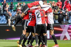Tickets voor een oefenwedstrijd van Feyenoord (2 p.)