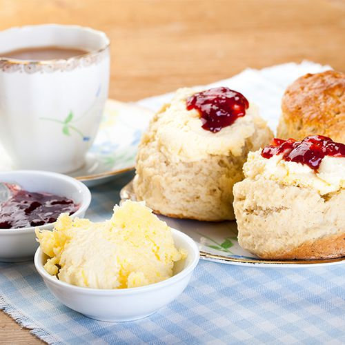 Compleet high tea-pakket bij je thuisbezorgd (4 p.)