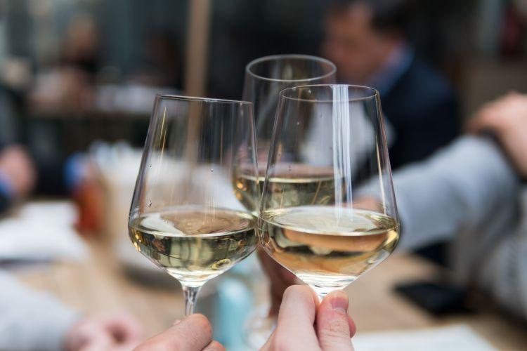 Korting Wijnproeverij aan huis voor 4 personen
