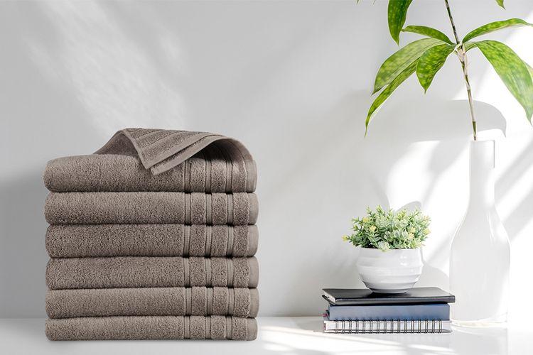 6 luxe taupe handdoeken van EMSA Bedding (70 x 140 cm)